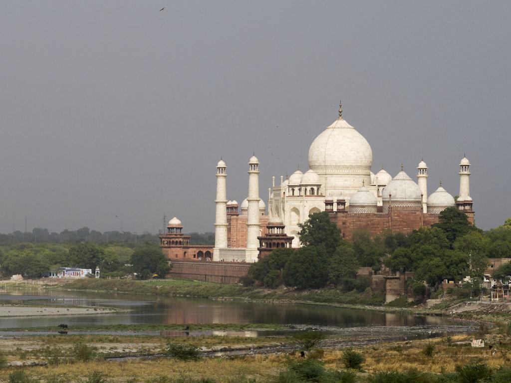 Taj Mahal Tour Packages From Mumbai