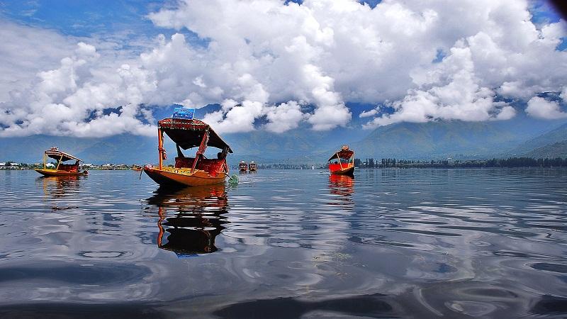 Dal-Lake-Shikara-Ride